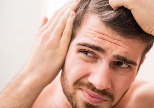 Лікування лупи та свербіння шкіри голови